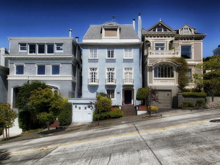 comprar una casa o alquilarla